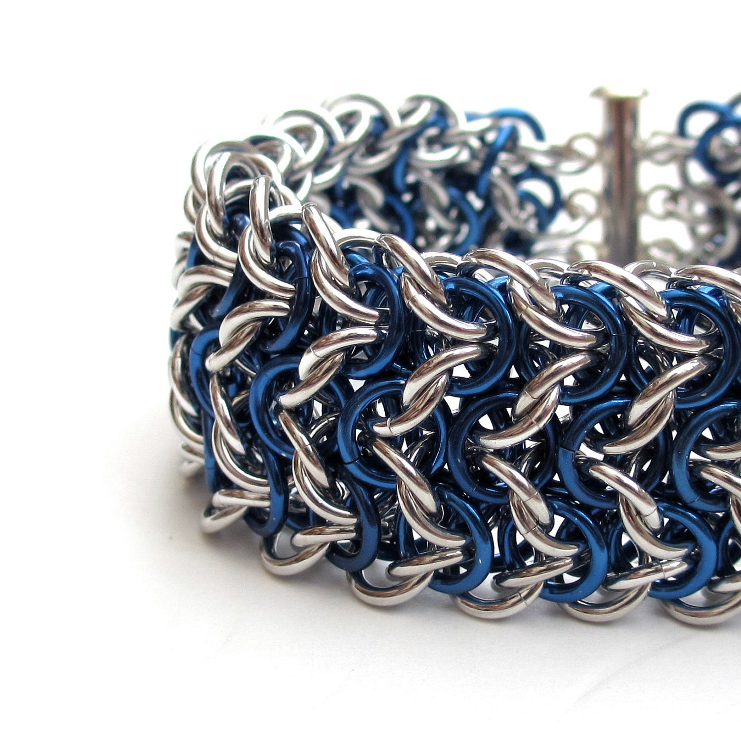 Elfsheet Chainmaille Bracelet In Blue And Silver