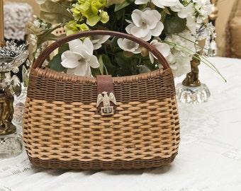 Vintage Eagle Clasp Handbag