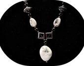Marble Look-alike Beaded Necklace