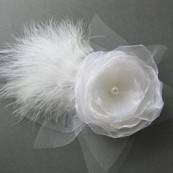 Bridal Head Piece,  white flower and feather fascination, Wedding hair accessory