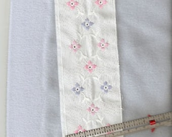 3in White eyelet insertion with embroidered flowers