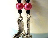 Dangle Earrings: black mini beads, and pink bead with Roller skates