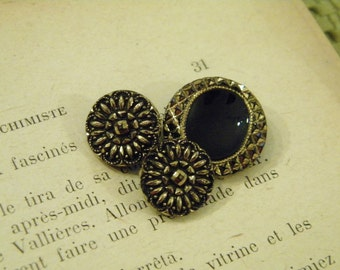 Vintage - Gorgeous gold luster black glass buttons - Lot of 3  -