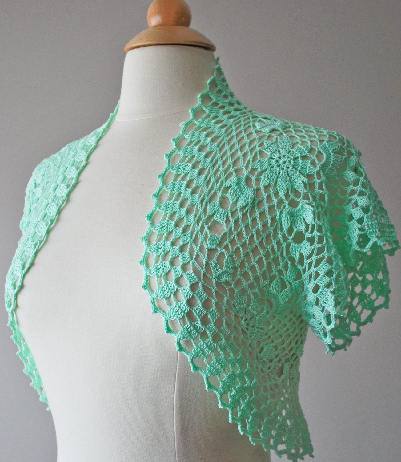 Mint green crochet bolero Made to order by Jutula on Etsy