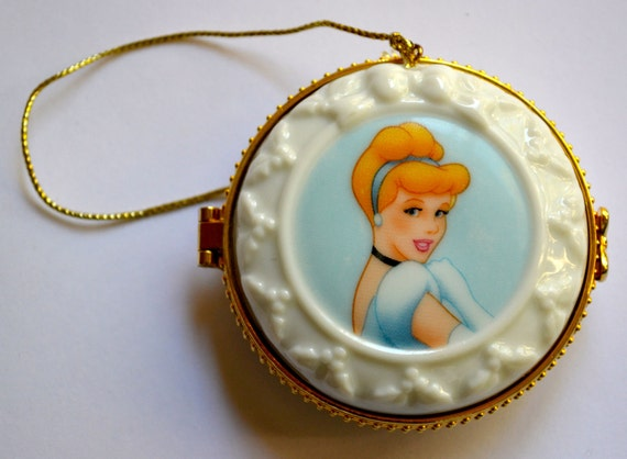 Disney's Cinderalla Painted Porcelain Hinged Trinket Box, Last O N E, Collectors Item