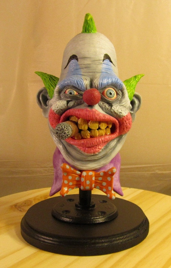 Chuckles the Clown, OOAK Small-Scale Polymer Clay Bust