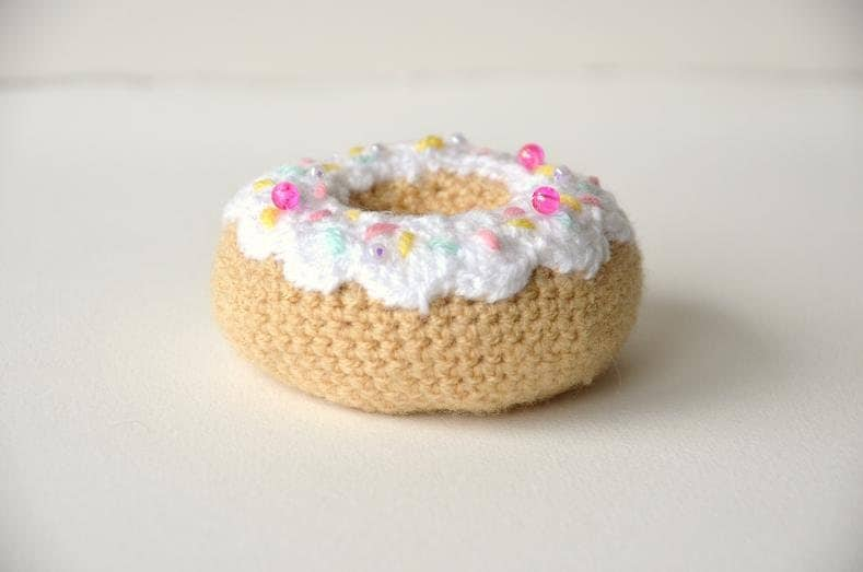 Free Online Crochet Patterns For Amigurumi : Donut Crochet Pattern Dough Nut Crochet Pattern Amigurumi