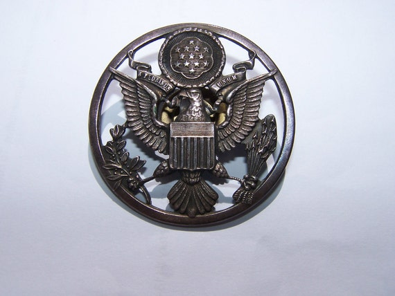 us military eagle crest hat screwback pin air force