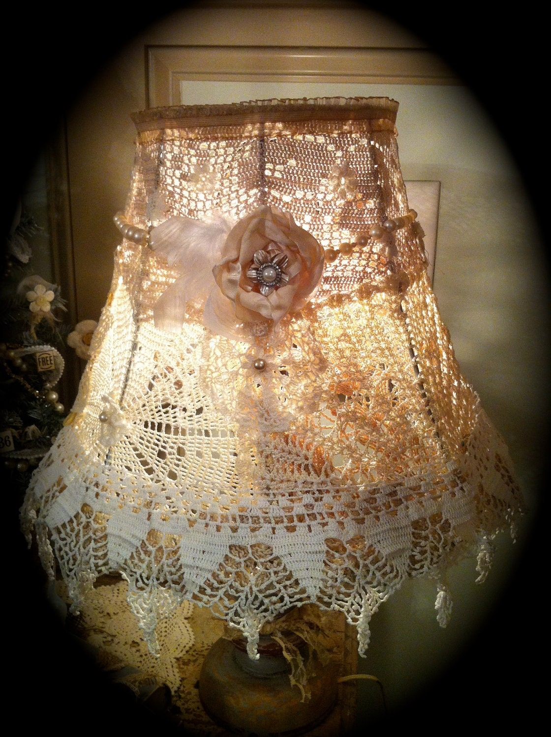 shabby chic crochet lampshade doily lamp shade gorgeous. Black Bedroom Furniture Sets. Home Design Ideas