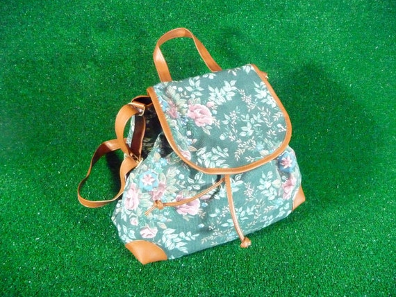 Forest Green Floral Backpack Style Bag with Brown Trim Satchel 90s