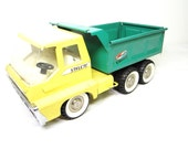 Vintage Structo Metal Toy Hydraulic Dump Truck Yellow and Green Made in USA