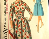 "Vintage 1960s Simplicity Juniors' Misses' Dress Pattern 5051 Size 9 (30 1/2"" Bust)"
