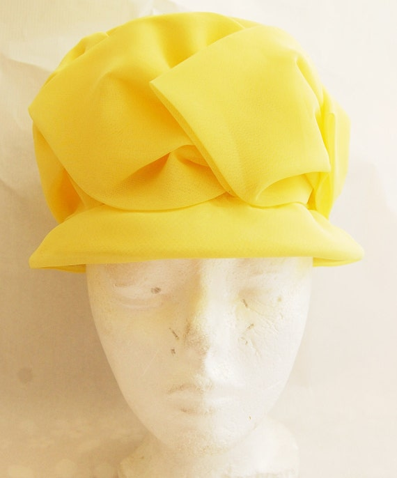 Vintage 1960s Women's Yellow Chiffon Hat