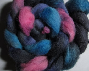 Neon Night Shetland Combed Spinning Top (roving) 4.1 oz Free U.S. Shipping