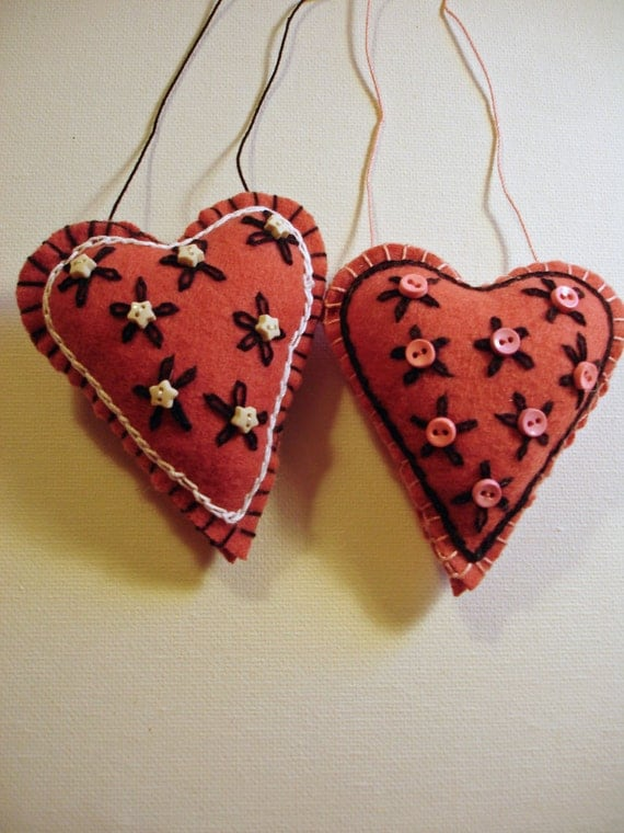 Pair of Pink Embroidered Felt Heart Ornaments - Perfect for Valentine's Day