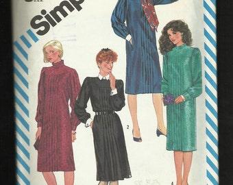 Vintage 1983 Simplicity 6168  Pleated Front Dress  UNCUT Size 10