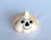 Vintage garlic shaker with attitude