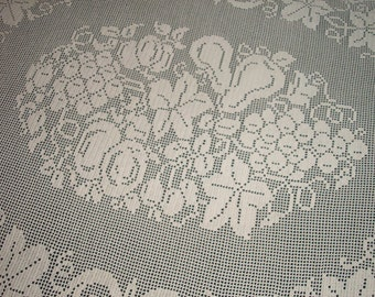Oval Ecru Filet Tablecloth / Fruit / Holiday / Centerpiece / Doily