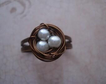 White Pearl's Bird's Nest Ring