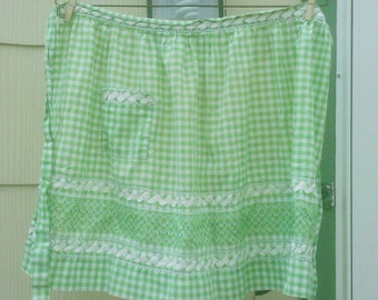 Vintage 1950s Apron Green Gingham Handmade Rockabilly Housewife