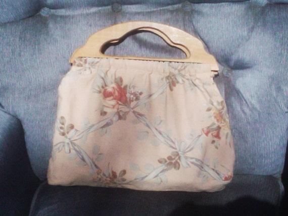 Vintage  World War II 1930s1940s Barkcloth Clutch Purse Shabby Chic Wood Handles Sewing Bag