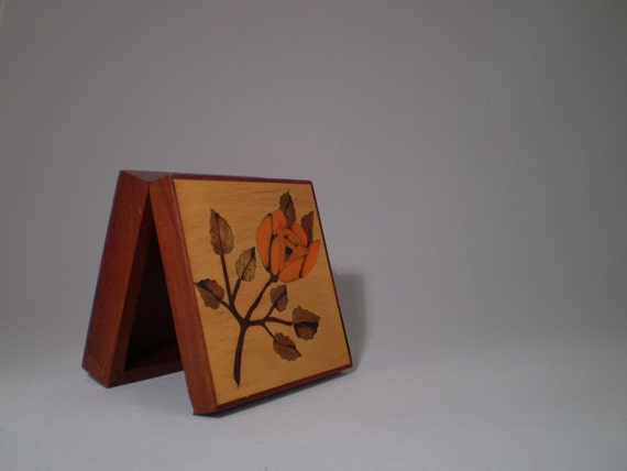 Box - Nice Little Wooden Box for Your Collection / Jewelery