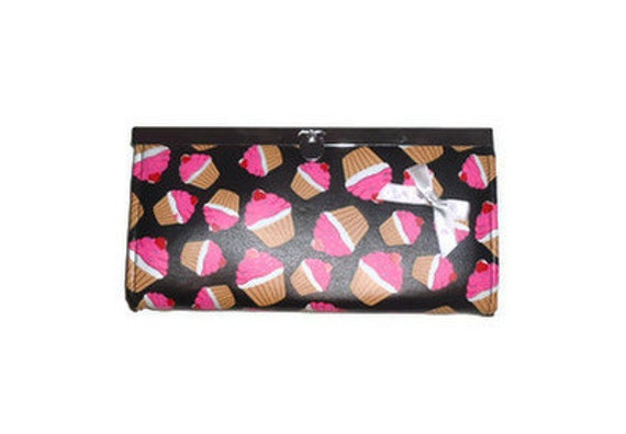 Womens Altered Pleather Candy Cupcake Accordion Style Billfold Wallet