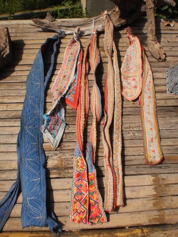 Vintage Hmong Old Fabric Embroided Tribal Pieces 5 Straps ( 10 pieces)
