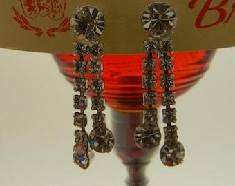 Vintage rhinestone prong set dangle glamour earrings