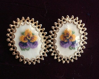 Pretty Vintage PETIT POINT EARRING -  Clip Style  - Hand Made  - Pansy Blossoms