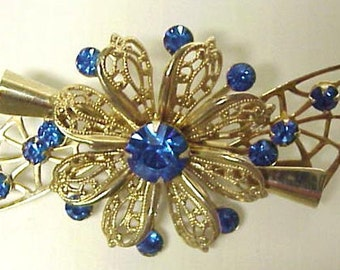 LOVELY VINTAGE BROOCH  - Filigree -- Austrian Crystal Rhinestones