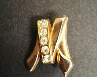 Uncommon  Brooch Monogram M Jeweled Clear Crystal Rhinestones Gold Tone Finish