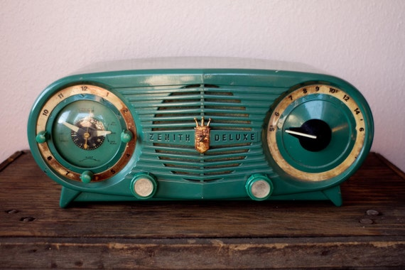 Zenith Deluxe Long Distance Radio