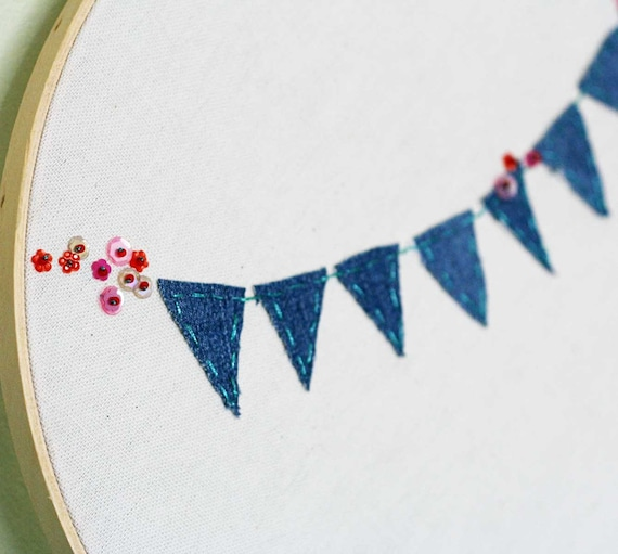 12 inch embroidery hoop with Bunting applique