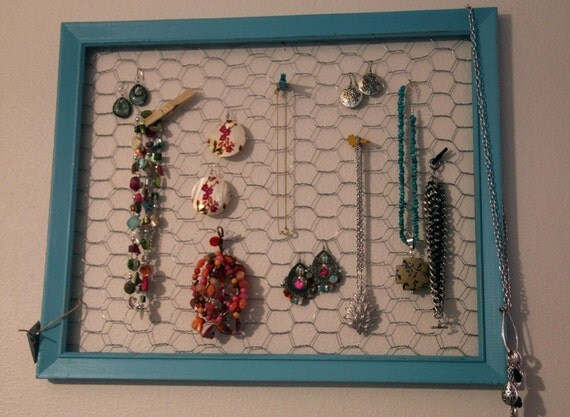 Chicken Wire Jewelry Display Memo Board In Distressed