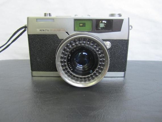 Vintage Petri 7 Camera
