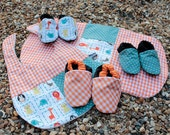 Deluxe baby set - bib, burp cloth, 3 pairs of booties (safari animals, orange, green)