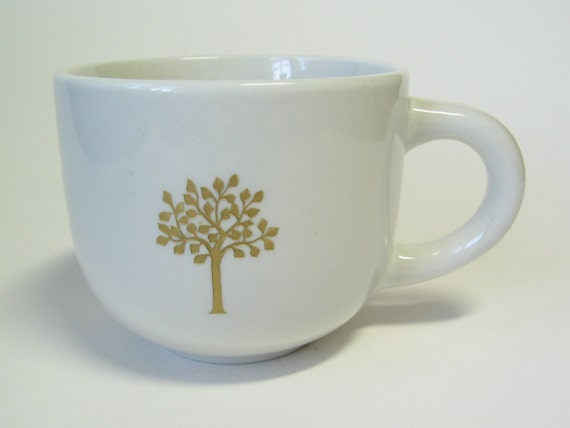 reCYCLEd vintage coffee mug with gold leafy tree