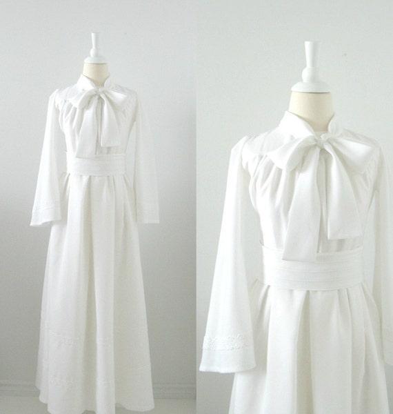 On Reserve Vintage Wedding Dress - 1970s - Full Skirt - Long Sleeves - Small - Autumn Wedding