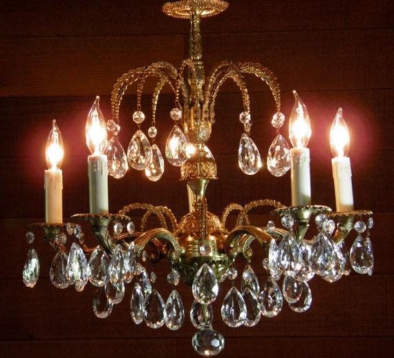 Vintage Chandelier Antique Crystal Chandelier Brass Chandelier Classic 5-Light European Elegance French Fleur de Lis Design