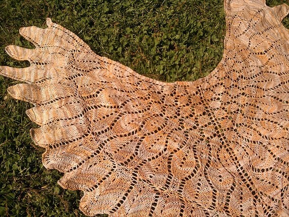 Aloft - handknit lace shawl shawlette