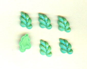Vintage Czech Glass Stones 12x20mm Green Luster Vine Leaves - 6 Pieces Left Facing