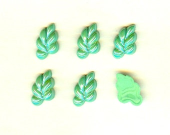 Vintage Czech Glass Stones 12x20mm Green Luster Vine Leaves - 6 Pieces Right Facing