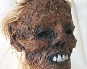 Zombie Head / Mummified Head / Corpse Head / Very creepy severed head