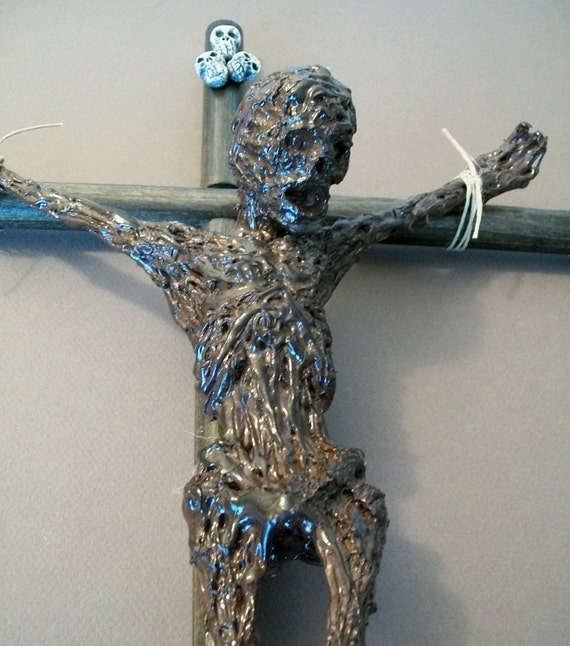 Crucified Corpse Sculpture / very creepy and weird item / rotted corpse / crucified cadaver