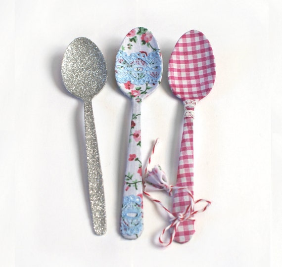 Mothers Day Vintage Fabric Teaspoons, Pink Roses and Gingham, Other Fabrics Available. Country Farm House Style