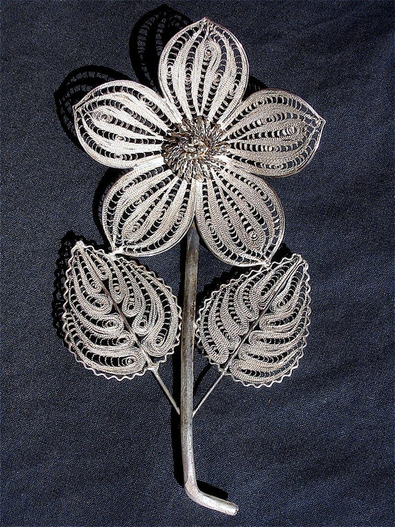 Vintage Mexican Silver Filigree Flower Pin or Brooch