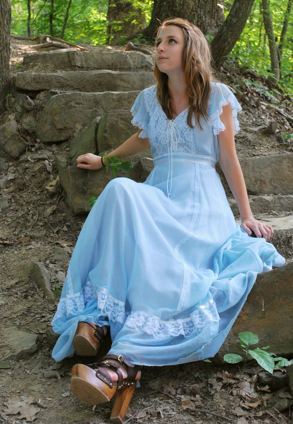 Cinderella Me Silly 1970s Vintage Gunne Sax Sky Blue And Lace Corset Style Top With Empire Waist Maxi Dress Sz Small / Medium / 9
