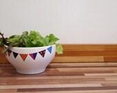 Banner bowl