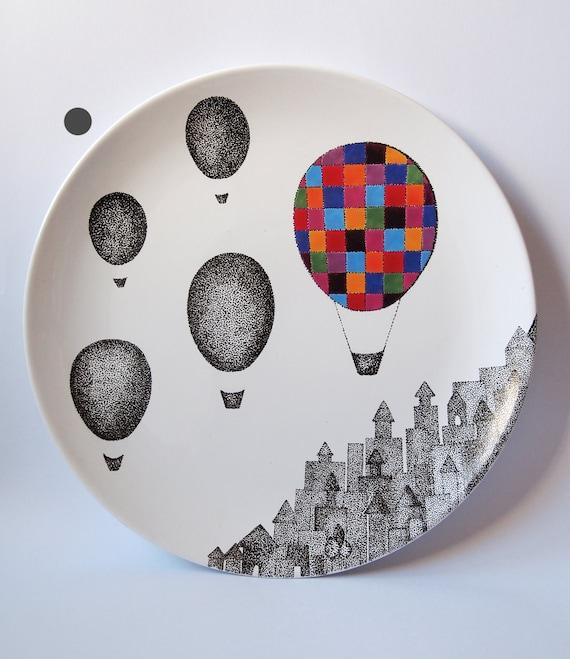Plaid Balloon Wall Hanging Plate